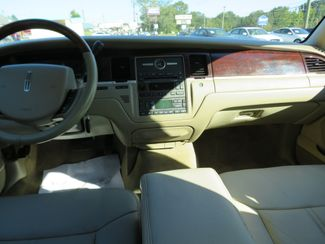 2007 Lincoln Town Car Signature Limited Batesville, Mississippi 23