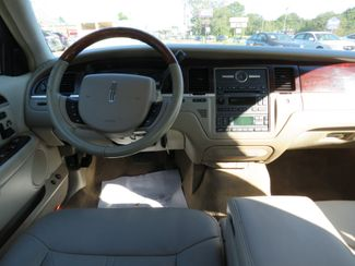 2007 Lincoln Town Car Signature Limited Batesville, Mississippi 22