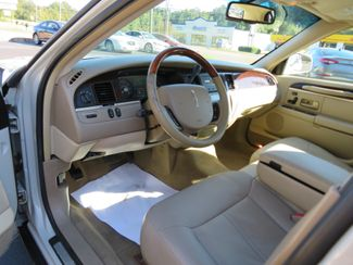 2007 Lincoln Town Car Signature Limited Batesville, Mississippi 20