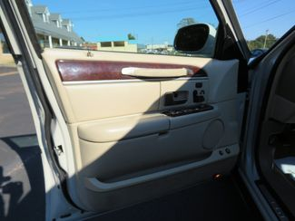 2007 Lincoln Town Car Signature Limited Batesville, Mississippi 18