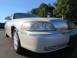 2007 Lincoln Town Car Signature Limited Batesville, Mississippi 12