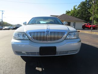 2007 Lincoln Town Car Signature Limited Batesville, Mississippi 8