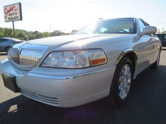 2007 Lincoln Town Car Signature Limited Batesville, Mississippi 13