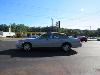 2007 Lincoln Town Car Signature Limited Batesville, Mississippi 1