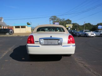 2007 Lincoln Town Car Signature Limited Batesville, Mississippi 5