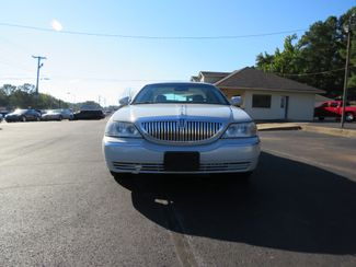 2007 Lincoln Town Car Signature Limited Batesville, Mississippi 4