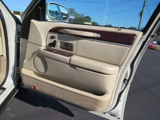 2007 Lincoln Town Car Signature Limited Batesville, Mississippi 33