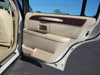 2007 Lincoln Town Car Signature Limited Batesville, Mississippi 31