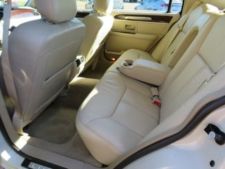 2007 Lincoln Town Car Signature Limited Batesville, Mississippi 29