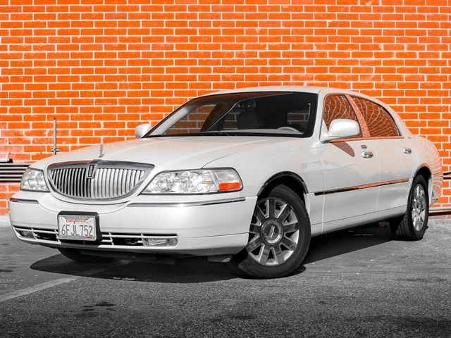 2007 Lincoln Town Car Designer Series Burbank, CA