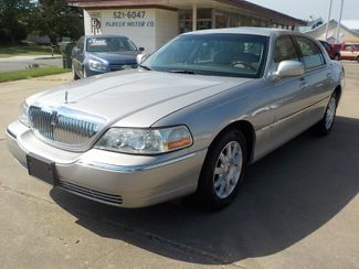 2007 Lincoln Town Car Signature Limited Fayetteville , Arkansas 1