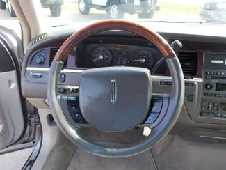 2007 Lincoln Town Car Signature Limited Fayetteville , Arkansas 15