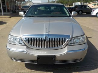 2007 Lincoln Town Car Signature Limited Fayetteville , Arkansas 2