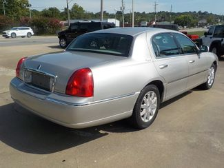 2007 Lincoln Town Car Signature Limited Fayetteville , Arkansas 4
