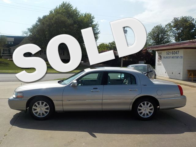 2007 Lincoln Town Car Signature Limited Fayetteville , Arkansas