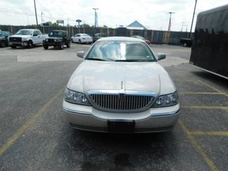2007 Lincoln Town Car Signature  city TX  Randy Adams Inc  in New Braunfels, TX