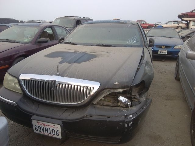 2007 Lincoln Town Car Executive L w/Livery Pkg in Orland, CA 95963