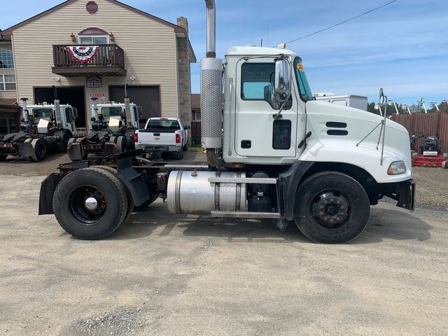 2007 Mack 600 Hoosick Falls, New York 2