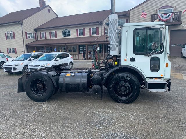 2007 Mack MR600 Hoosick Falls, New York 2