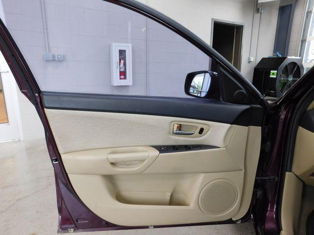 2007 Mazda Mazda3 i Touring in Airport Motor Mile ( Metro Knoxville ), TN 37777
