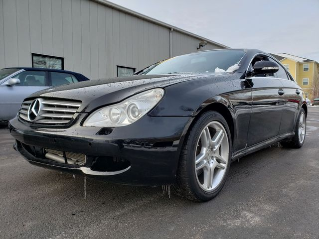 2007 Mercedes-Benz CLS550 5.5L | Champaign, Illinois | The Auto Mall of Champaign in Champaign Illinois