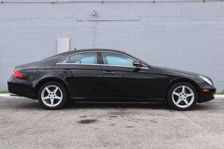 2007 Mercedes-Benz CLS550 5.5L Hollywood, Florida 3