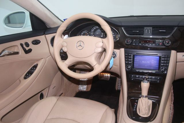 2007 Mercedes-Benz CLS63 6.3L AMG Houston, Texas 12
