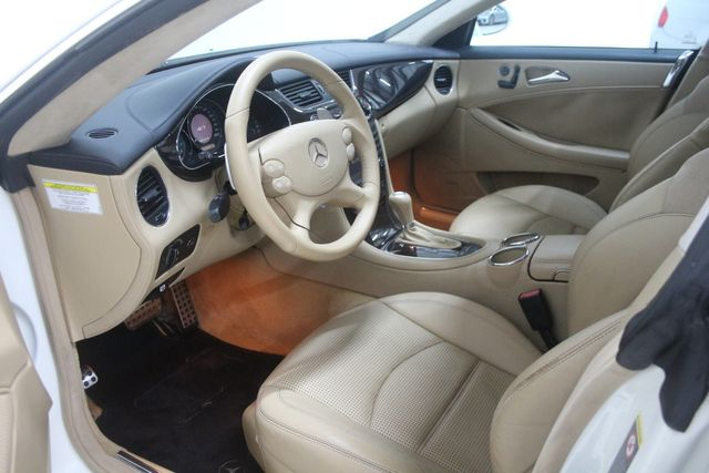 2007 Mercedes-Benz CLS63 6.3L AMG Houston, Texas 19