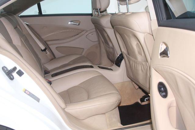 2007 Mercedes-Benz CLS63 6.3L AMG Houston, Texas 26