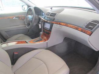 2007 Mercedes-Benz E320 3.0L Gardena, California 8