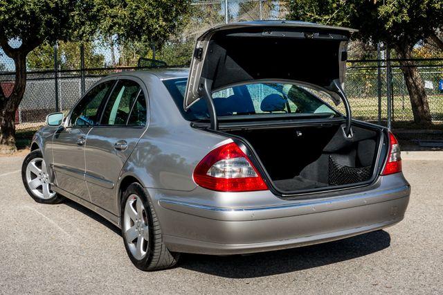 2007 Mercedes-Benz E550 5.5L Reseda, CA 11