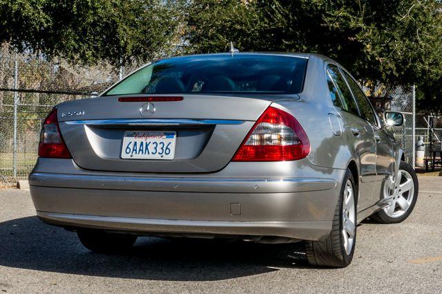 2007 Mercedes-Benz E550 5.5L Reseda, CA 9