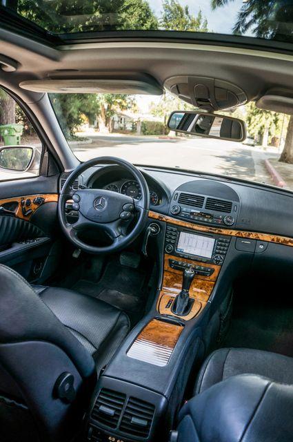 2007 Mercedes-Benz E550 5.5L Reseda, CA 35