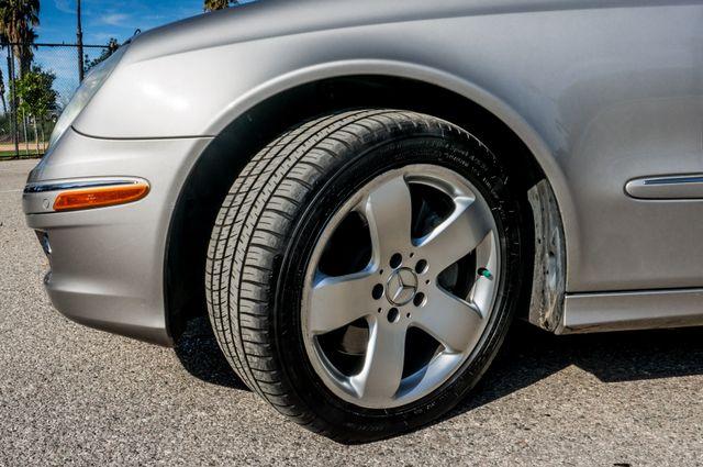 2007 Mercedes-Benz E550 5.5L Reseda, CA 13