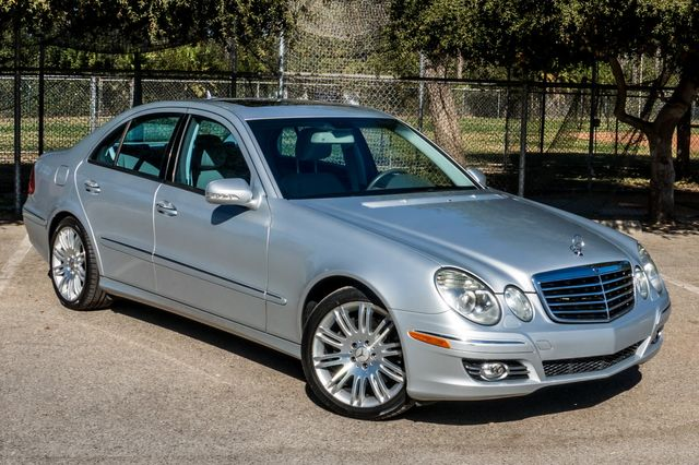2007 Mercedes-Benz E550 5.5L in Reseda, CA, CA 91335