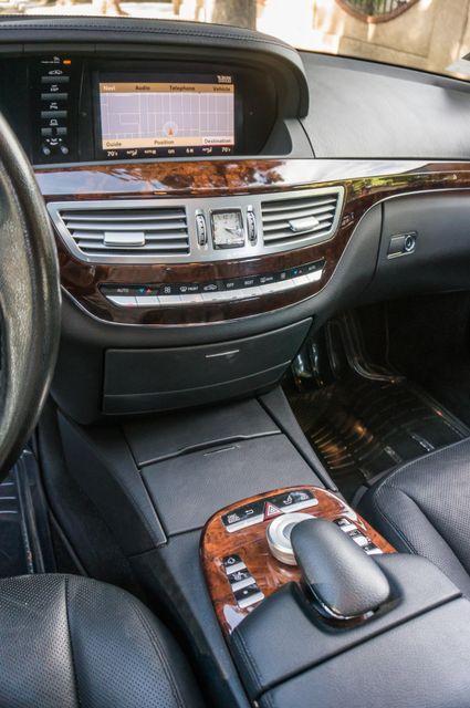 2007 Mercedes-Benz S550  PREMIUM PKG 3 - 81K MILES - NIGHT VISION Reseda, CA 24