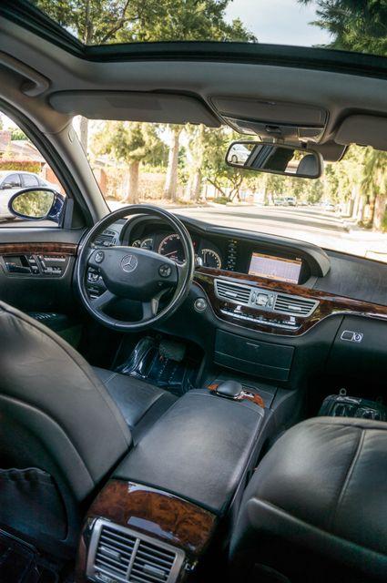 2007 Mercedes-Benz S550  PREMIUM PKG 3 - 81K MILES - NIGHT VISION Reseda, CA 38
