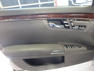 2007 Mercedes S550 4-Matic AFFORDABLE GREATNESS, SERVICED & READY! Saint Louis Park, MN 12