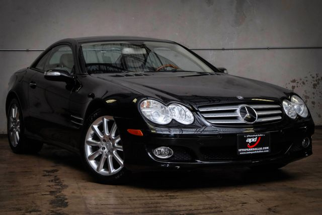 2007 Mercedes-Benz SL550 5.5L V8 in Addison, TX 75001