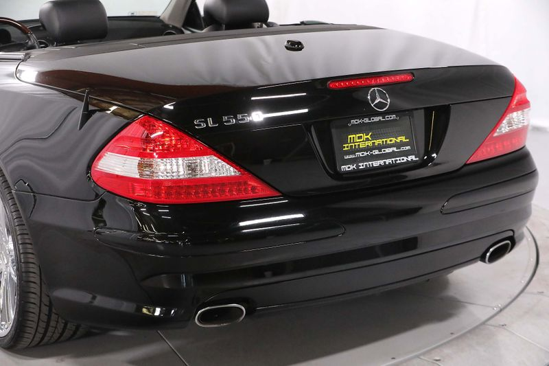 2007 Mercedes-Benz SL550 55L V8 - AMG SPORT PKG - Upgraded wheels  city California  MDK International  in Los Angeles, California