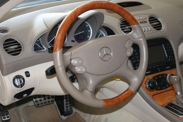 2007 Mercedes-Benz SL550 5.5L V8 Houston, Texas 14