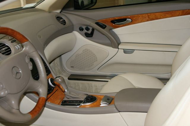2007 Mercedes-Benz SL550 5.5L V8 Houston, Texas 15