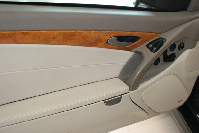 2007 Mercedes-Benz SL550 5.5L V8 Houston, Texas 19