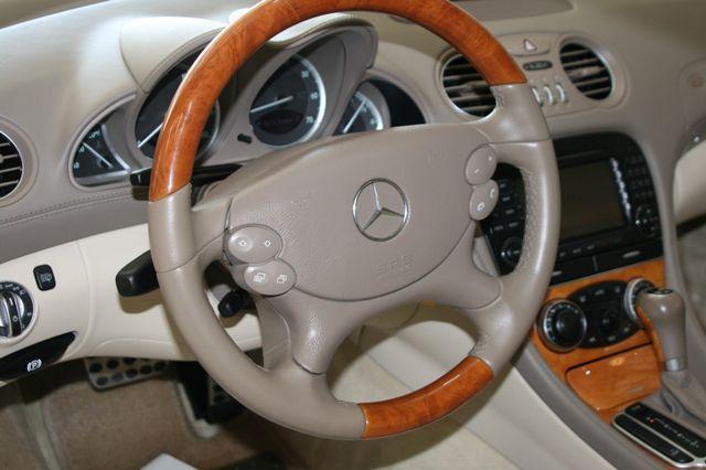 2007 Mercedes-Benz SL550 5.5L V8 Houston, Texas 21