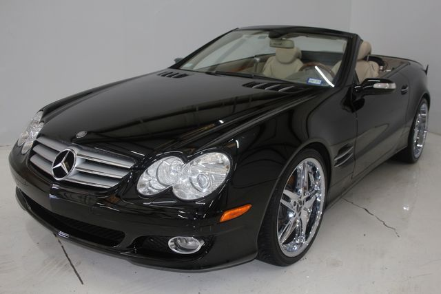 2007 Mercedes-Benz SL550 5.5L V8 Houston, Texas 1