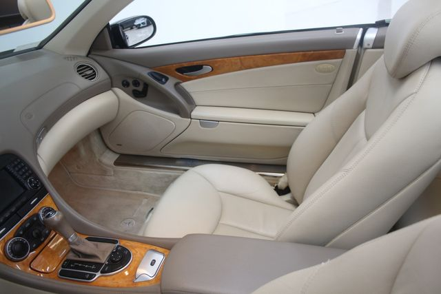 2007 Mercedes-Benz SL550 5.5L V8 Houston, Texas 24