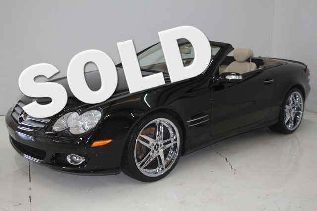 2007 Mercedes-Benz SL550 5.5L V8 Houston, Texas 0