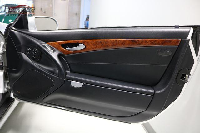 2007 Mercedes-Benz SL550 5.5L V8 Merrillville, Indiana 25
