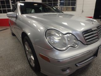 2007 Mercedes C-280, Low Mile Gem, FULLY SERVICED, NEW TIRES. READY 2 GO Saint Louis Park, MN 15