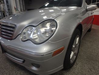 2007 Mercedes C-280, Low Mile Gem, FULLY SERVICED, NEW TIRES. READY 2 GO Saint Louis Park, MN 17
